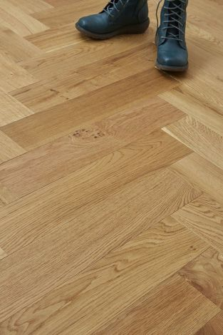 WFUK Oak Herringbone 15mm x 120mm UV Oiled