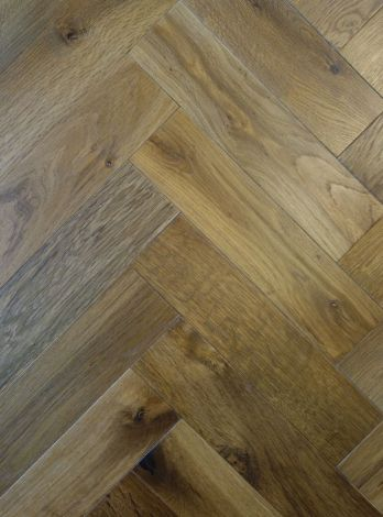 WFUK Smokey Fireside Oak Herringbone