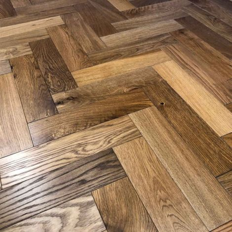 WFUK Smokey Fireside Oak Herringbone 15mm x 90mm Brushed & UV Oiled